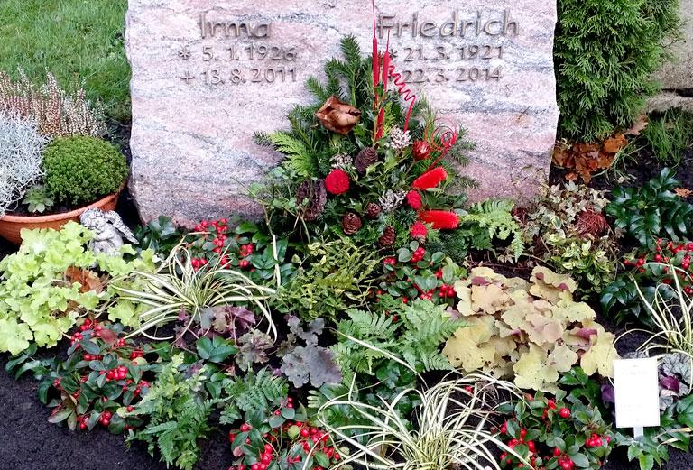 Grabpflege Herbst