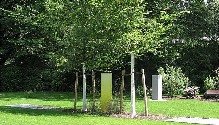 Paarbäume bei Kapelle 11